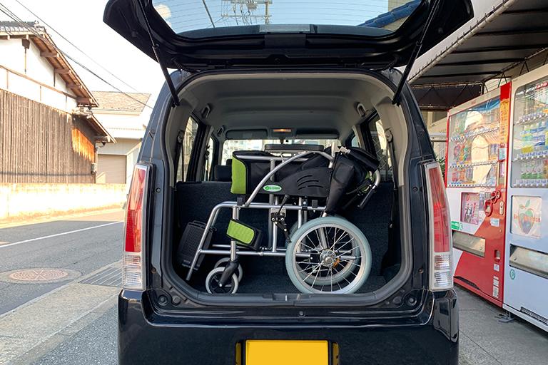 車椅子を車に積んでみました