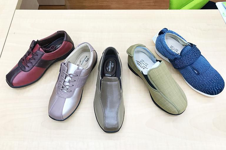 介護用の靴