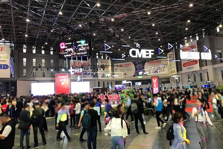 大規模な福祉用具・医療機器の展示会in上海