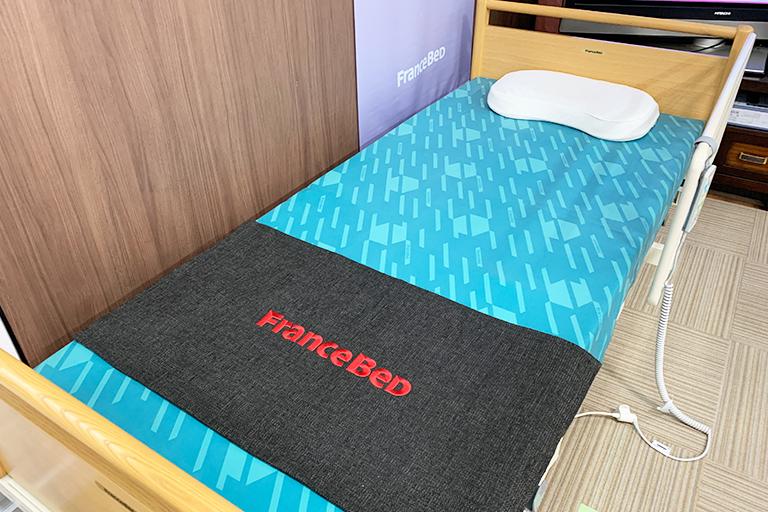 自動寝返り支援ベッド